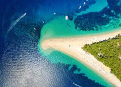 Spiaggia di Zlatni rat a Brac, Croazia